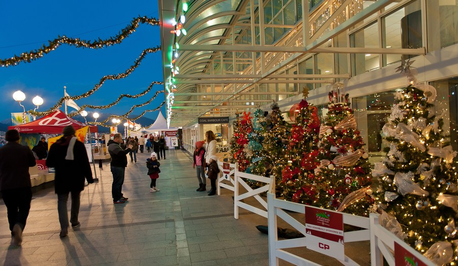 Christmas In Canada.Christmas At Canada Place Events Vancouver Convention Centre
